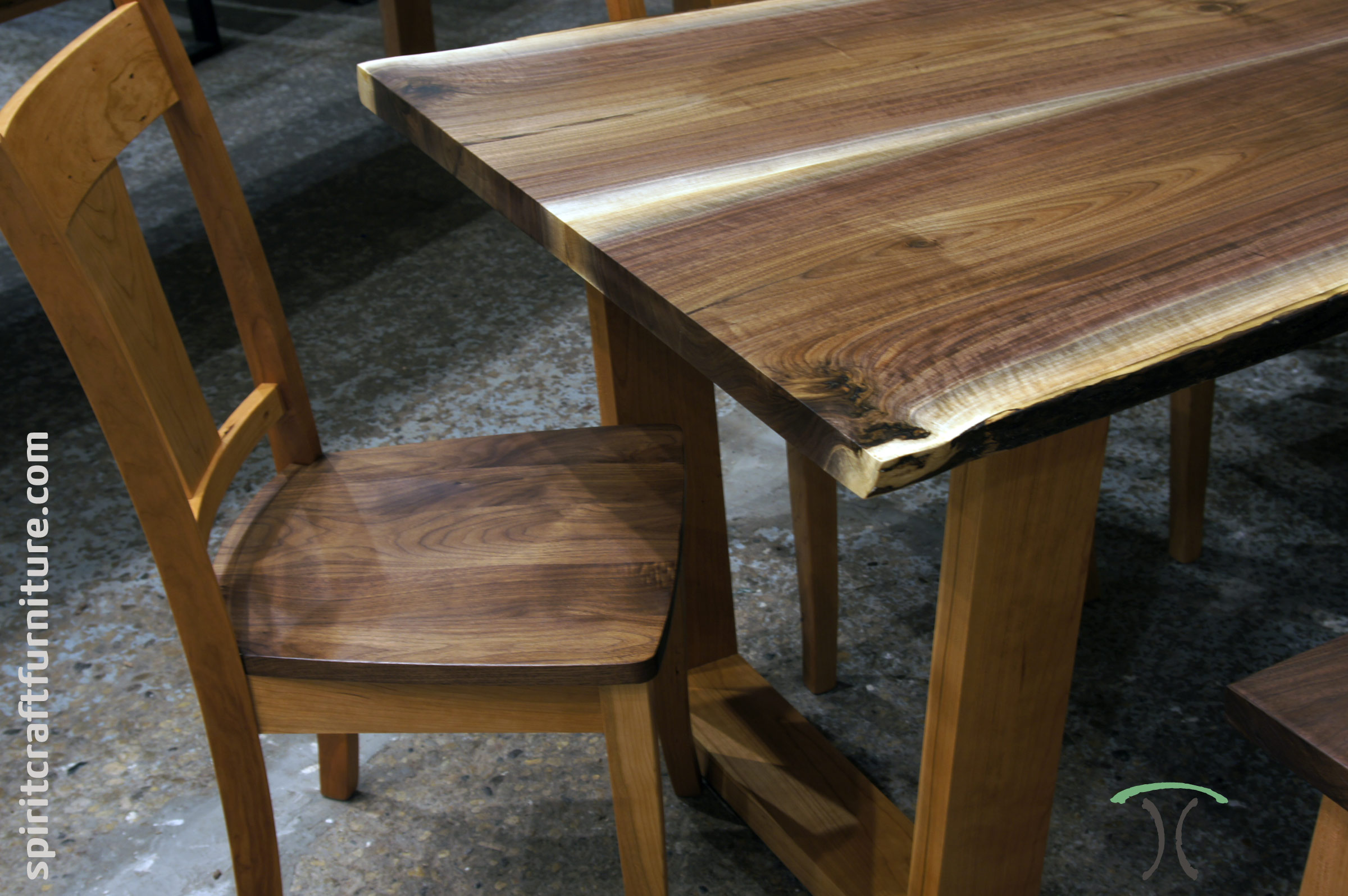 Live edge slab dining tables walnut slabs and tops for Hardwood dining table